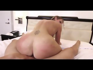 MILF Has A Great Ass
