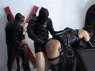 Alex D Pferd und Reiter Hard Bizzare BDSM latex sex