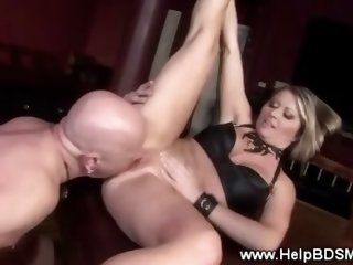 Twisted domina gets hardcore with slave