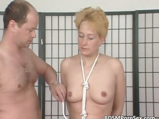 MILF blonde gets tits tied in this part3
