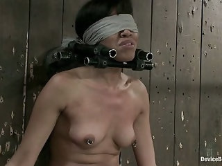 Blindfold + Impact play = Awesome Mind Fuck
