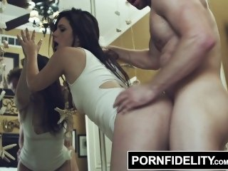 PORNFIDELITY Kacey Quinn Gets Her First Creampie
