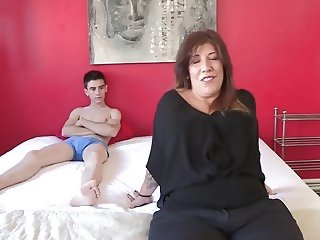 Estrella Wants To Fuck Young Man Jordi