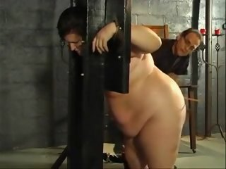 Flogging thick slaves